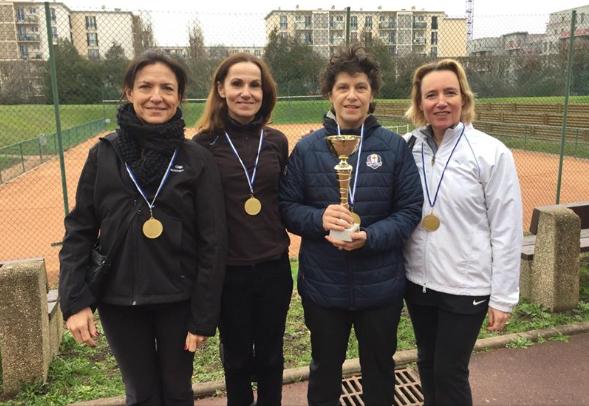 L'équipe +45 ans Dames de l'ATN a brillamment remporté le Championnat des Hauts-de-Seine. Félicitations à Isabelle la capitaine, Valérie, Marie-Laure, Jeanne-Marie et Laurence !