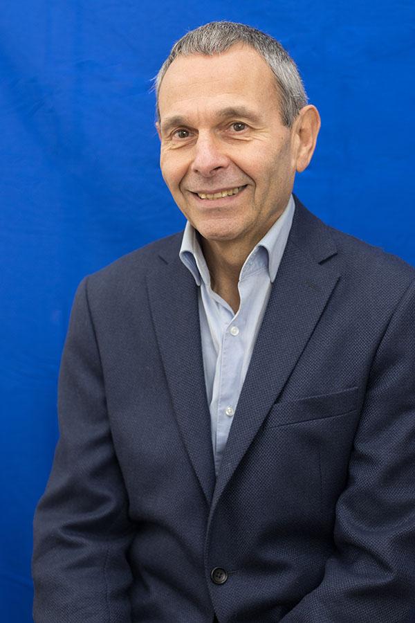 Serge DJAMA