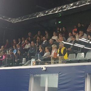 Participants en tribune